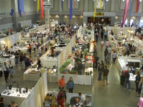 Tucson_Gem_and_Mineral_Show